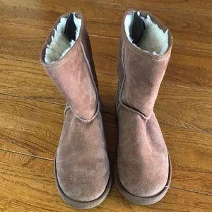 Women's Size 9 Emu Winter Boots